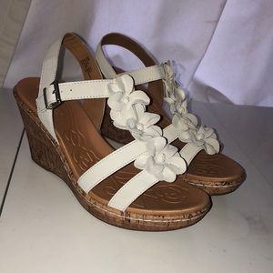 Women's Size 9 Floral Wedge Sandals